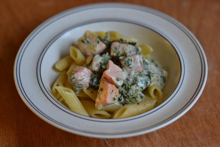 recept pastasås lax spenat
